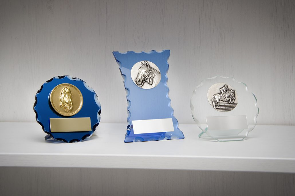 LOW COST CRYSTAL TROPHIES